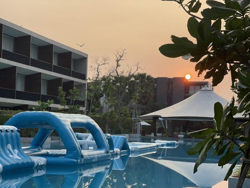 Signature Pool So Sofitel Hua Hin